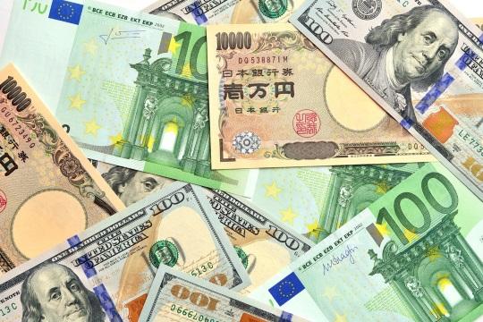 先進国通貨