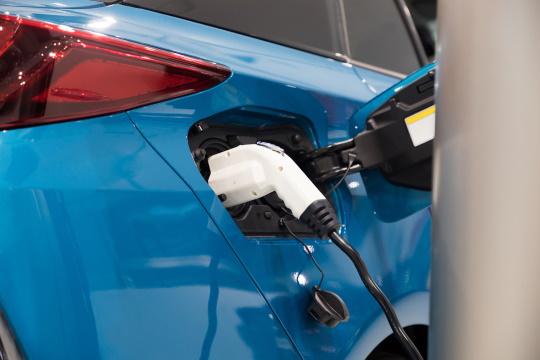 水素燃料電池車