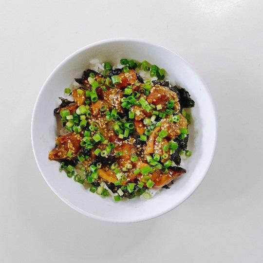 ののこさんのスタミナ焼き鳥丼のレシピ