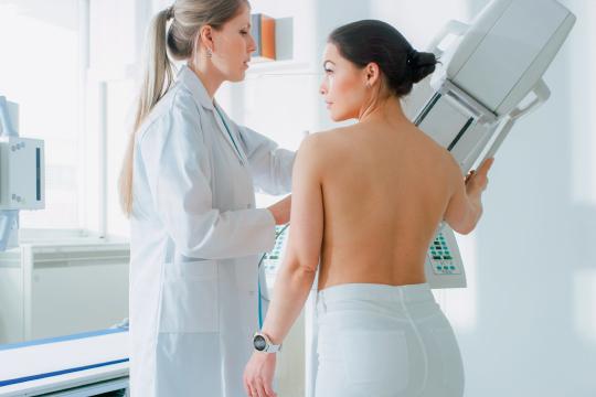 マンモグラフィで行う乳がん検診