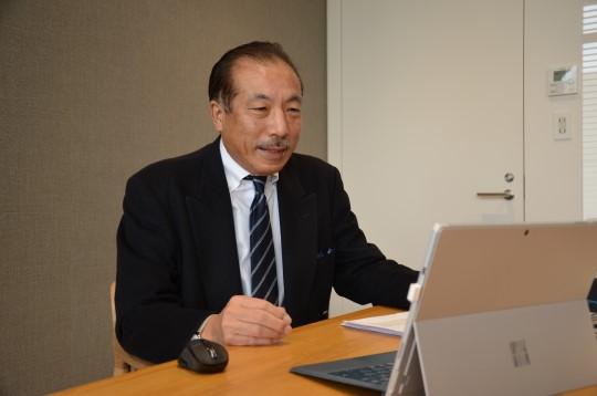 あおぞら投信取締役会長の柳谷俊郎さん