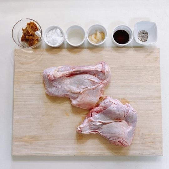 レンジで作る鶏肉チャーシューの材料