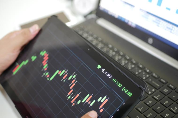 下げ相場で利益を狙う投資③ 信用取引・先物取引