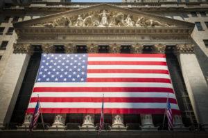 米国市場、NY証券取引所とナスダックの違いって?